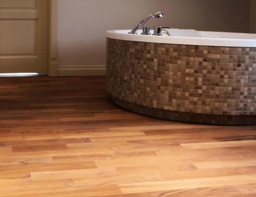 drewniane podłogi do łazienki
